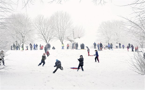 snowday essay The weather outside may be frightful, but these writing prompts about winter will take some of the chill out of the air let your kids pick a prompt before you know it, they'll be imagining the perfect snow companion, writing winter poetry, or persuading you to let them take up a new snow sport.